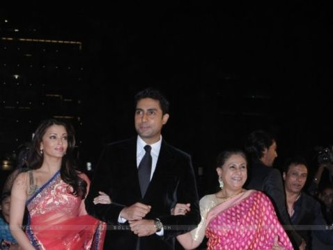 41733-abhishek-bachchan-with-w
