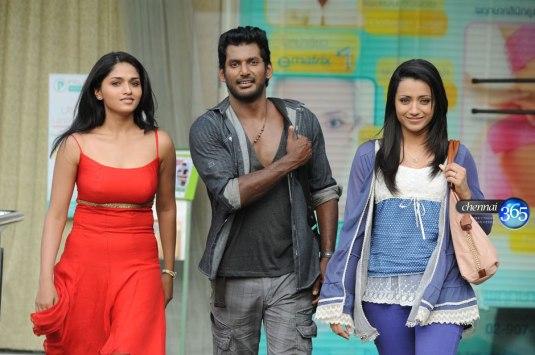Samar-Tamil-Movie-Stills-07102012362636f