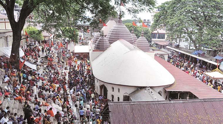 kamakhya-templecrowd